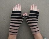 CUSTOM ORDER FOR BONDGIRL - caramel escher gloves