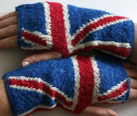 PATTERN PDF - anarchy in the UK handwarmers