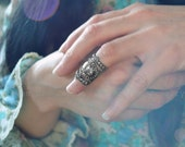 Baroque Knuckle Armor Ring Ornate Filigree Limited Edition Antique Silver One Ring