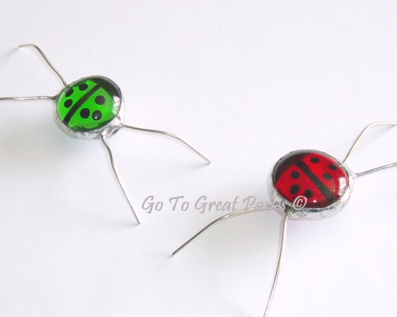 2 Ladybug screen bug suncatchers - MADE TO ORDER - stained glass--red & green lady bug style screenbugs, Best Friends, Christmas Colors