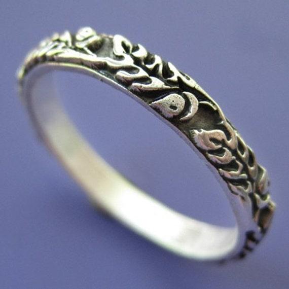 Silver Old Oak Ring