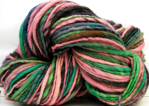 HandSpun Yarn merino wool single ply Sabrina's Garden 143 yards