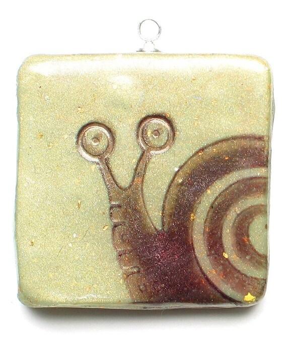 peeking snail pendant