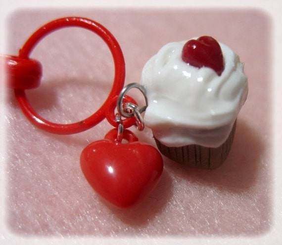 I Heart You Back Cupcake Keychain