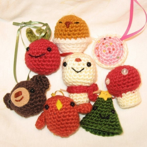 Free Crochet Zombie Doll Pattern : Crochet Pattern Amigurumi Xmas Ornaments