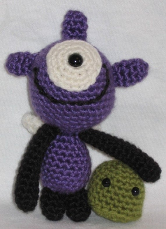 Crochet Pattern - Monsters under the Bed 1