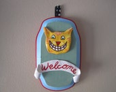 """Plaque: """"Welcome Cat"""""""