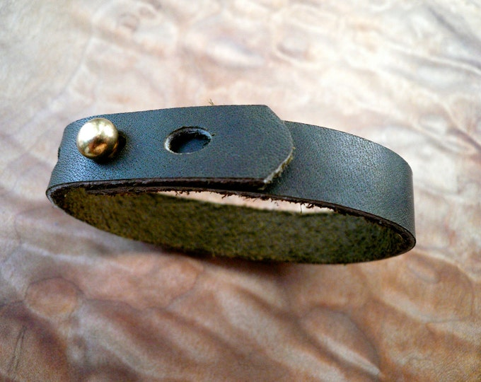 simple olive green cuff