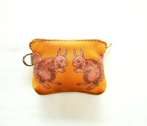 Squirrel Standoff Coin Purse in Tan Leather