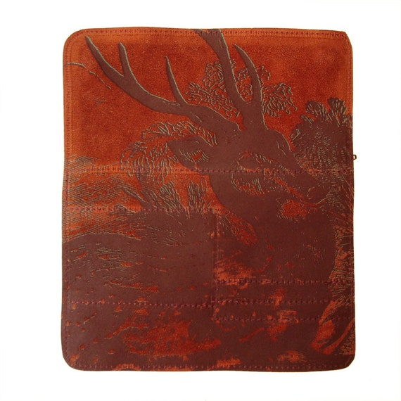 Multipass Clutch with Reposing  Deer Printed in Two Colors