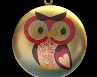 Altered Art   PHOTO LOCKET - Whimsical Owl - Art Locket