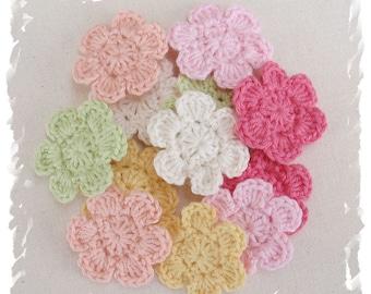 12 x Hand Crochet Flower Applique Motifs Clips scrapbooking