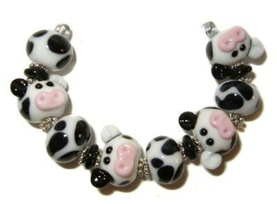 Udderly Adorable Cows - lampwork bead set by K.Urato SRA