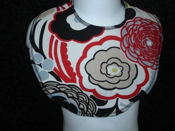 Saari Design floral Mocca Boutique baby bib