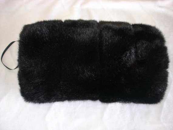Hand muff, faux fur weddings muff, black mink Faux Fur Hand Muff, Wedding Hand Muff, Bridal Fur Muff