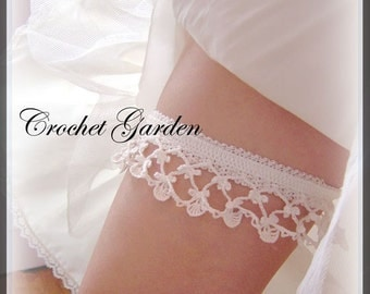 Lara's Heirloom Garter - Crochet Pattern Keep and Toss Garters