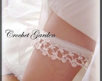 Lara's Heirloom Garter - Crochet Pattern Keep and Toss Garters