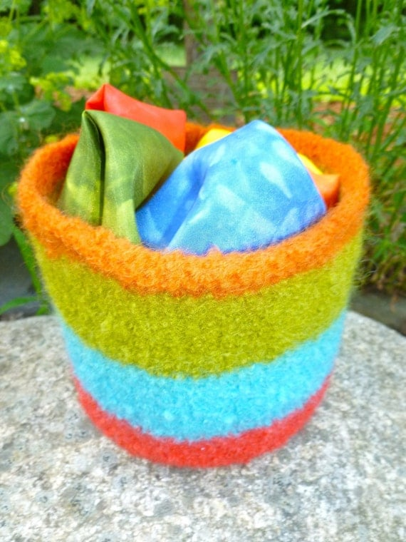Rainbow play silks felted bowl set