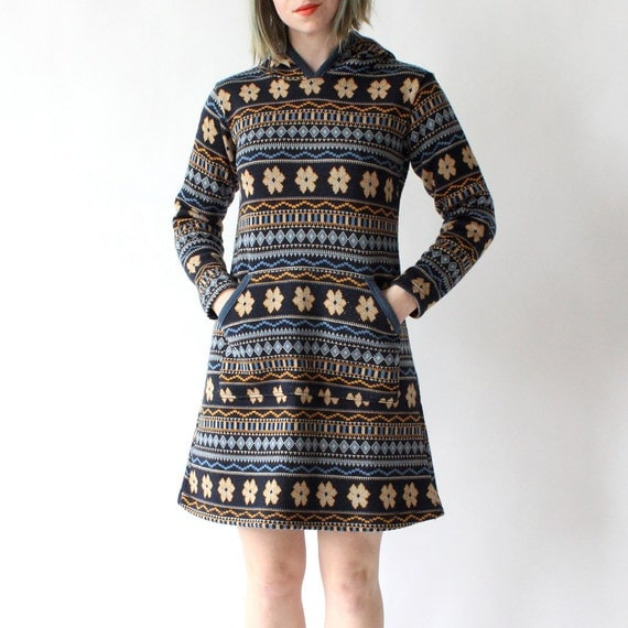 vintage 1970's ALPINE WILDFLOWER super soft knit hooded dress