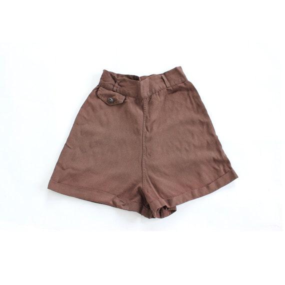 vintage 1940's RUSTIC CABIN high waist summer tap shorts