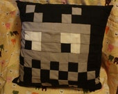 Space Invader Pillow - black backing