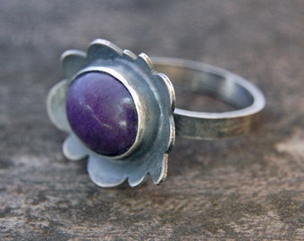 violet flower ring - size US 6 1/4 - sugilite and sterling silver