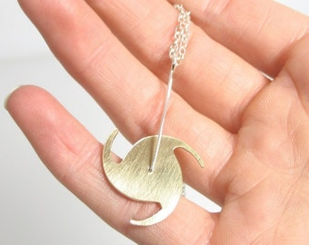 Spinning Hurricane Necklace