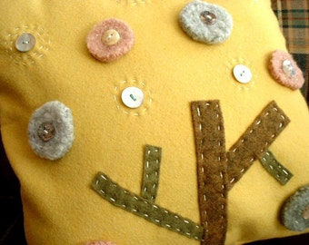 Yellow wool felt cushion - tree