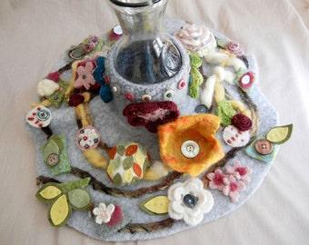 Flower vase skirt - wool felt
