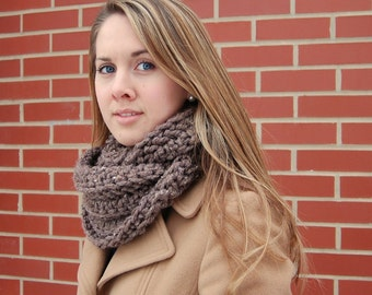 Crochet Infinity Cowl - Chunky Textured Women's Winter Cowl or Scarf