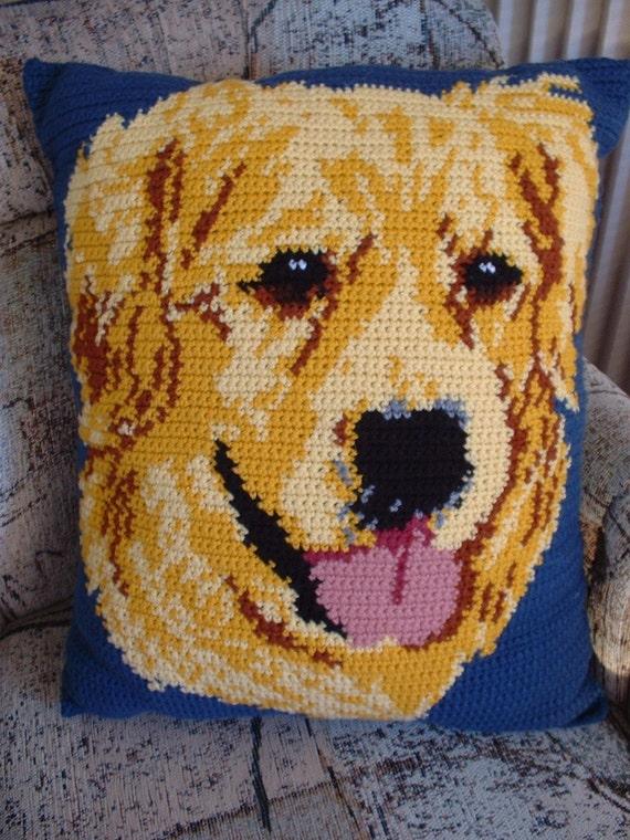 Dark Country Blue GOLDEN RETRIEVER Portrait Large TV Pillow