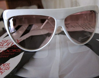 80s White Oversize Sunglasses - Wilshire Designs Glasses - Oversized Semi-Wrap Tinted Eyeglass Frames - Oversize NOS