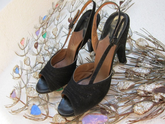 50s Peep Toe Black Suede Shoes - Pandora Vintage Slingback - Pleated Front - High Heels - 6.5 aa
