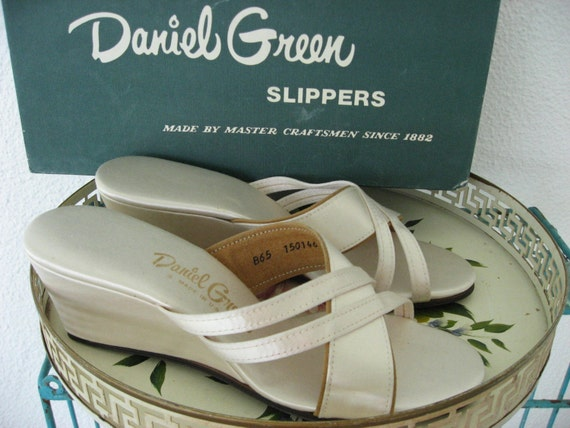 60s Daniel Green Vintage Slippers / Champagne Satin / Strappy Wedge Shoes / Original Box / B 65
