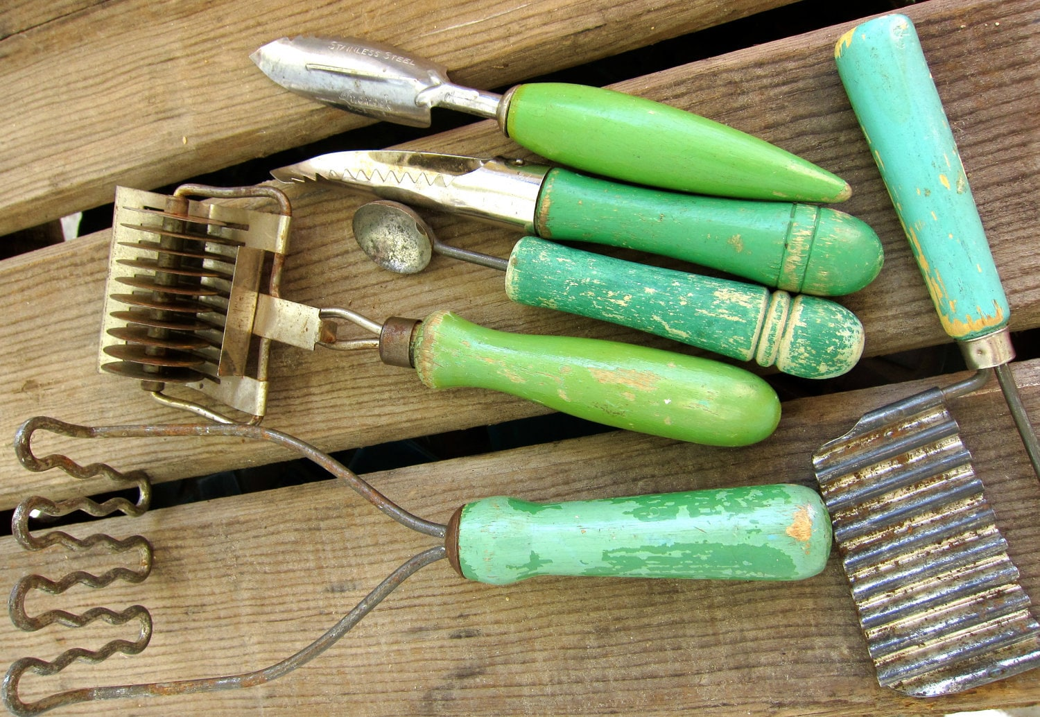 the greens kitchen tools vintage chippy green wooden handle kitchen utensils tools 6057