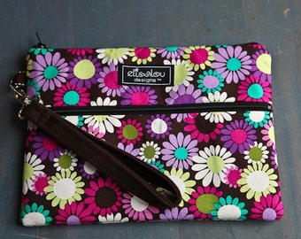 Kindle / iPad mini / Nook / eReader / Padded  Pouch / Bag / wristlet /  Grape Daisy Delight