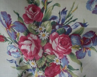 Roses Floral Bouquet Decorator Fabric