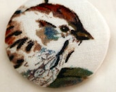 Sparrow Right Fabric Button - Large Round