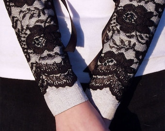 Miranda silk and lace cuffs