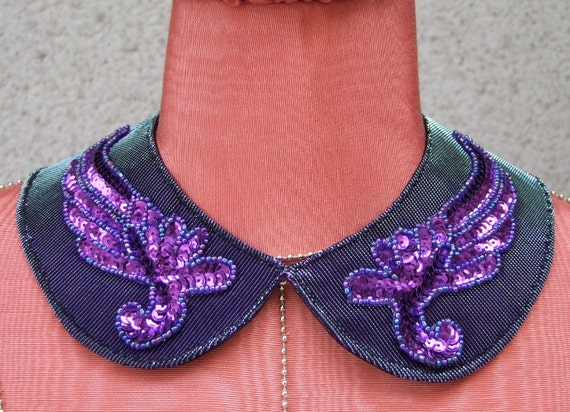 Serendipity collar in purple with sequined wings