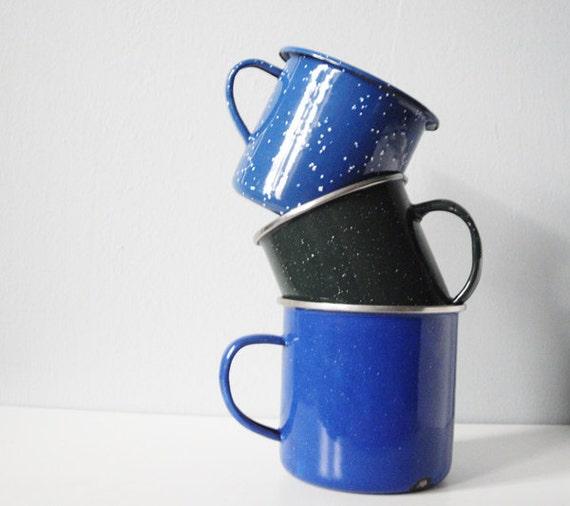 Vintage enamel camping cup coffee mug set blue and green