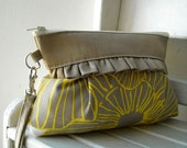 Yellow Flower - Zipper Pouch with Clip