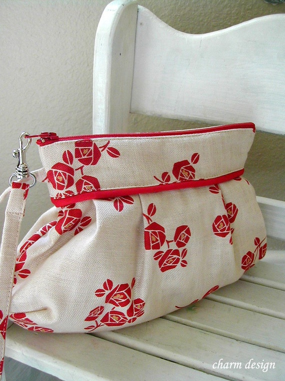 SALE - Japanese Red Roses - Zipper Pouch with Clip