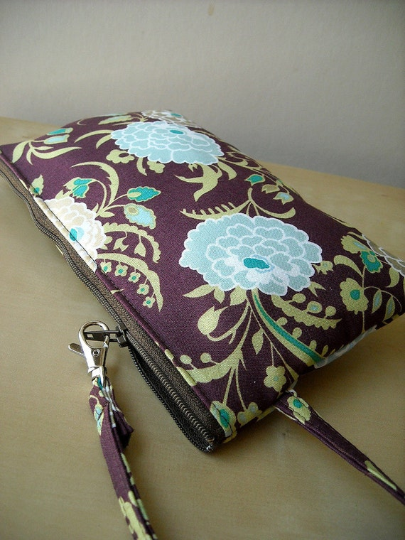Gypsy Mum in Wine - Square Zipper Pouch with Clip