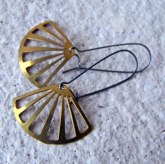 Brass Fan Earrings - vintage brass triangles - gunmetal earwires - geometric - brass earrings - gift under 25