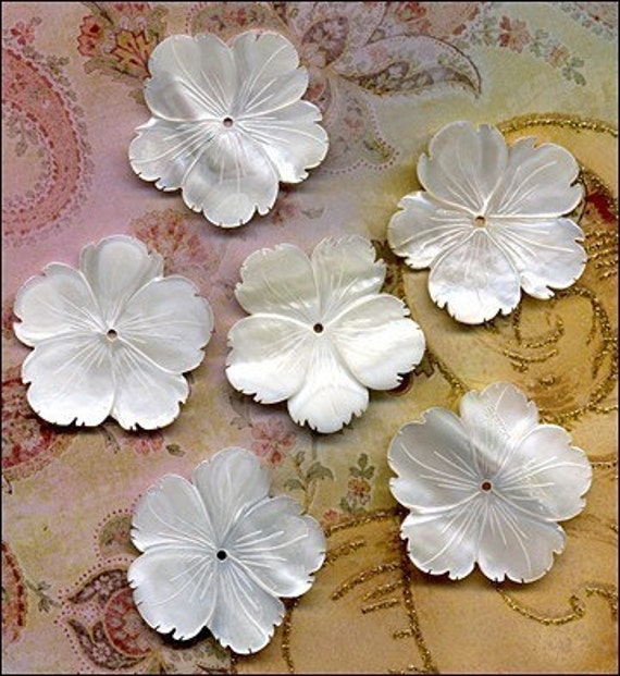 6 Large Mother of Pearl Flowers  Bead Pendant Design