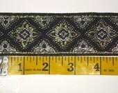 black metallic quadrafoil trim