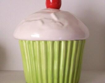 Cupcake Cookie Jar Ceramic Chartreuse Vintage Design Great Housewarming Gift Cupcake Lover