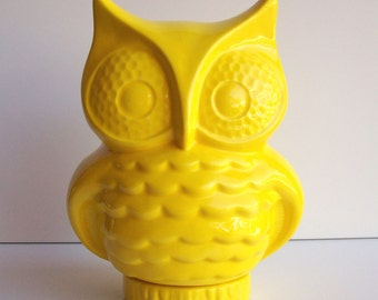 Owl Bank Vintage Design Lemon Yellow Retro Home Decor Ceramic Piggy Bank Owl Mod Figurine