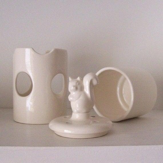 Forest Squirrel Tart Burner Vintage Design In White